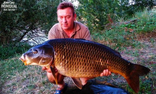 Rövid horgászatok Keen Carp bojlikkal