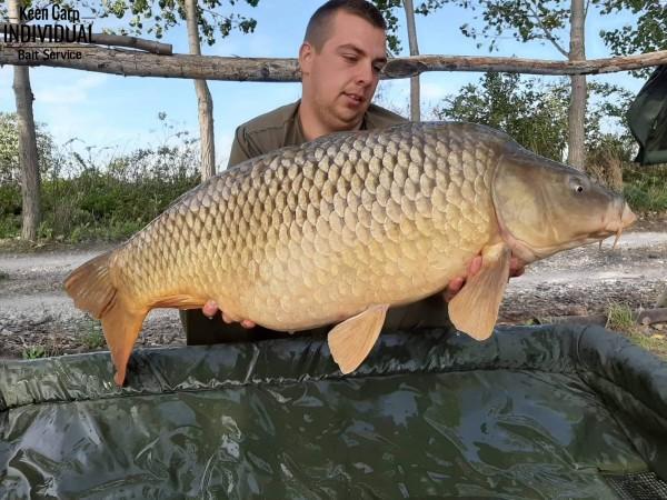 72 órás horgászat Albáron